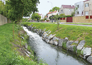 Semi-natural Stream Regulations in Human Settlement Residential Areas and Their Importance in Flood